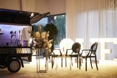 krzesla slubne goweddi